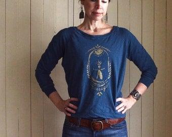 Courage Long Sleeve Tee. Feminist T-shirt. Inspirational Tee. Yoga Shirt. Blue Tshirt. Women's Tee. Yoga Clothing. Women Power.