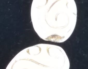 1950s OPAQUE WHITE/gold 14x18mm Vintage Glass Beads German (2)