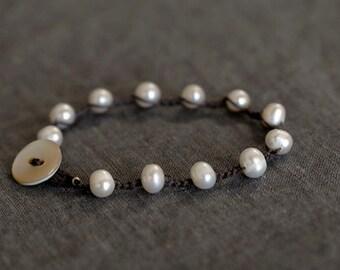 Crocheted 4mm freshwater pearl bracelet