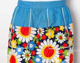 Cute Vintage Floral Apron - retro womens floral pattern apron
