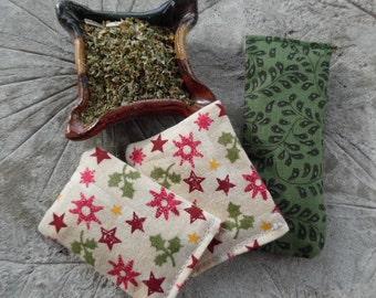 "Christmas Nip Bits with Organic Catnip - ""Holly and Stars"""