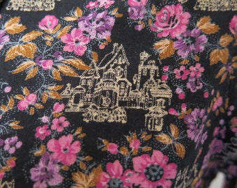 Purple floral vintage shirt with country manor house scene motif