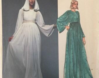 Vogue Paris Original Vintage Sewing Pattern 1553 Christian Dior Evening Gown Dress  w/Hood ©1977 FF