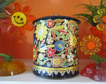 Vintage 1970s Retro Groovy Flower Power MOD Daher England Metal Decor Container Tin
