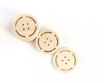 big wooden buttons / set of 10 / 40 mm wood buttons / sewing supplies / round buttons / unfinished wood buttons