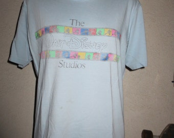 vintage t-shirt the Walt Disney studios size large color baby blue
