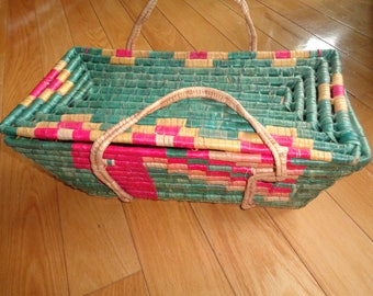 Vintage Hand Woven Sweet Grass and Reed Basket in Very Good Vintage Condition, A Trapezoid Shaped Basket with a covered lid and 2 handles
