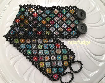 Seed Bead Bracelet Black with Flowers Grey Buttons