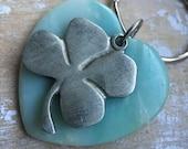 light green quartz heart pendant lucky four leaf clover keychain, Irish keychain, talisman, good luck charm, Irish symbol, St Patricks Day