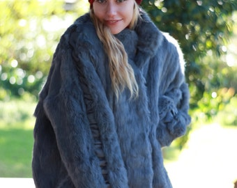 Amazing vintage fur coat / huge sapphire grey fox hippie grunge jacket /oversize bomber / leather ruche detail full sleeves beautiful cut