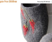 Felted women slippers - grey slippers with red flowers - wool clogs - warm house shoes - Valentines gift - gift for her - made to order