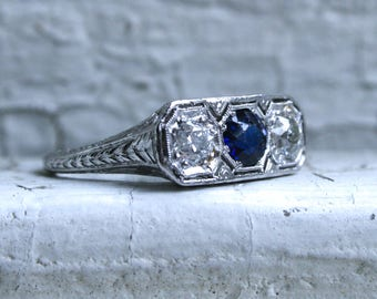 Beautiful Vintage Sapphire and Diamond Three Stone Ring in 18K White Gold.