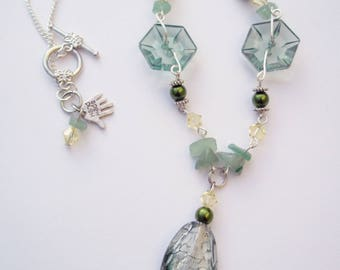 Green/lemon pendant necklace