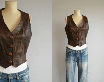 Vintage 70s Leather Vest / 1970s Chocolate Brown Fitted Leather Boho Festival Vest Top