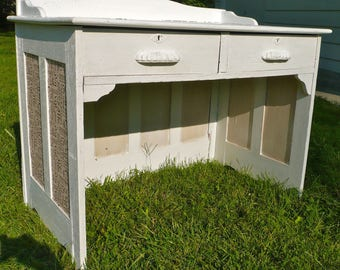 Desk, Teachers Desk, White Desk, Antique Furniture, Furniture, 1940s, School Desk, Furniture, Office, Painted Desk, Cottage Chic, Shabby