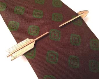 Retro Expandable Gold Toned Arrow TIE BAR / CLASP Vintage Mid Century Modern