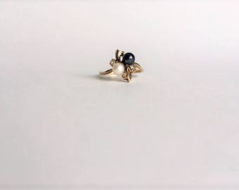 Hematite and Cultured Pearl Ring - Gold Ring