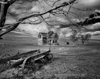Oregon Print | Old House | Rustic Decor | Oregon Photography | Old West Photograph | Oregon Landscape | Black and White Photograph