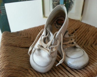 Vintage Buster Brown Baby Shoes from 1970