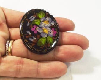 Russian Painted Pin - Flower Pin - Folk Jewelry - Vintage Brooch - Vintage Jewelry - Ethnic Jewelry