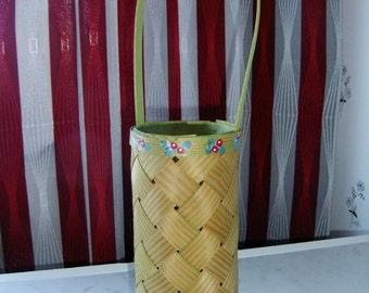 Vintage Swedish hand made chip basket - Lingonberry decoration