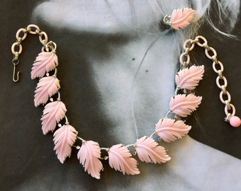 Lisner Thermoset Necklace Earring RARE Pink Vintage Retro Feather Leaf Leaves