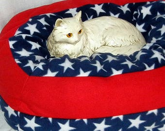 Large Wide Fleece Pet Bed - Machine Washable - America Stars