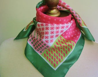 GREEN PINK scarf,  vintage neckerchief, 70s hair wrap, preppy neck scarf, geometric square, square vintage scarf, small square scarf