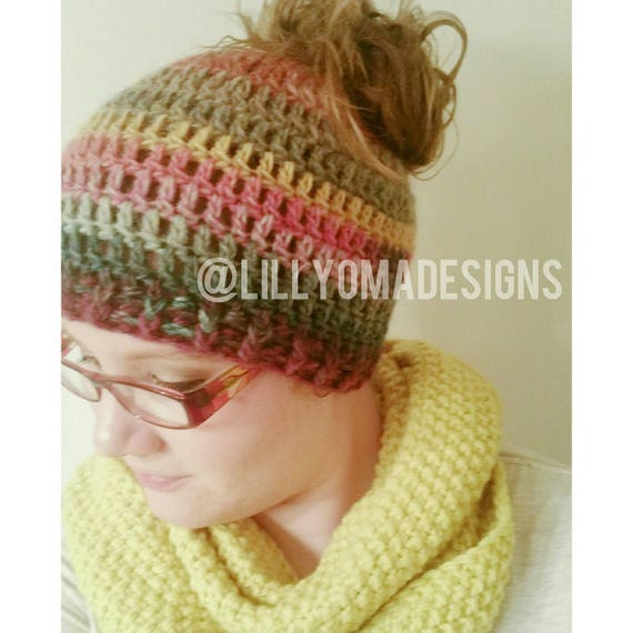 Crochet Patterns Messy Bun Beanie : Messy Bun Beanie Ponytail Hat Crochet Bun Hat by LillyOmaDesigns