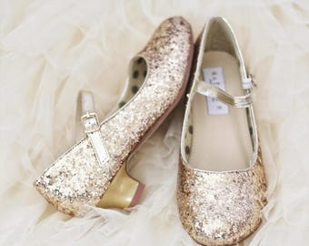 Girls Glitter Shoes, flower girl shoes - GOLD glitter mary-jane heels goes with frozen theme, fairies and flower girl dresses