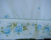 Vintage Bed Sheet Set, Floral Border Print, Blue Rose Garland on Cuff, King  Bed Size, 1 Flat Sheet, 1 Fitted Sheet