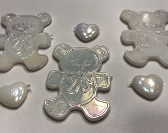10 piece mix irredecent bear and heartembellishments, 13-37 mm (A3)