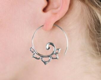 Spiral Silver Earrings - for standard piercings - solid sterling silver - Anakku Hoops