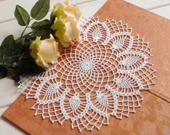 Large lace doily White elegant crochet doilies Round crochet centerpiece Pineapple crochet doily Crochet decoration Lace decor 13 inches
