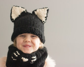 Kitty Cat Hat & Cowl Set || The Kaitlyn Cowl Set