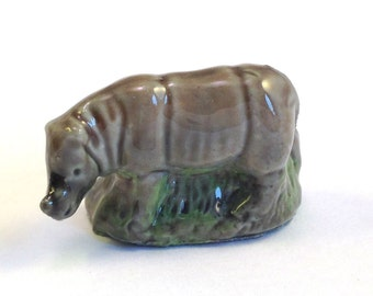 Wade Whimsie: Rhino Figurine - 1976 - Wade - Wade Whimsies - Wade Figurines - Whimsies - Wade Rhino - Wade Collectables
