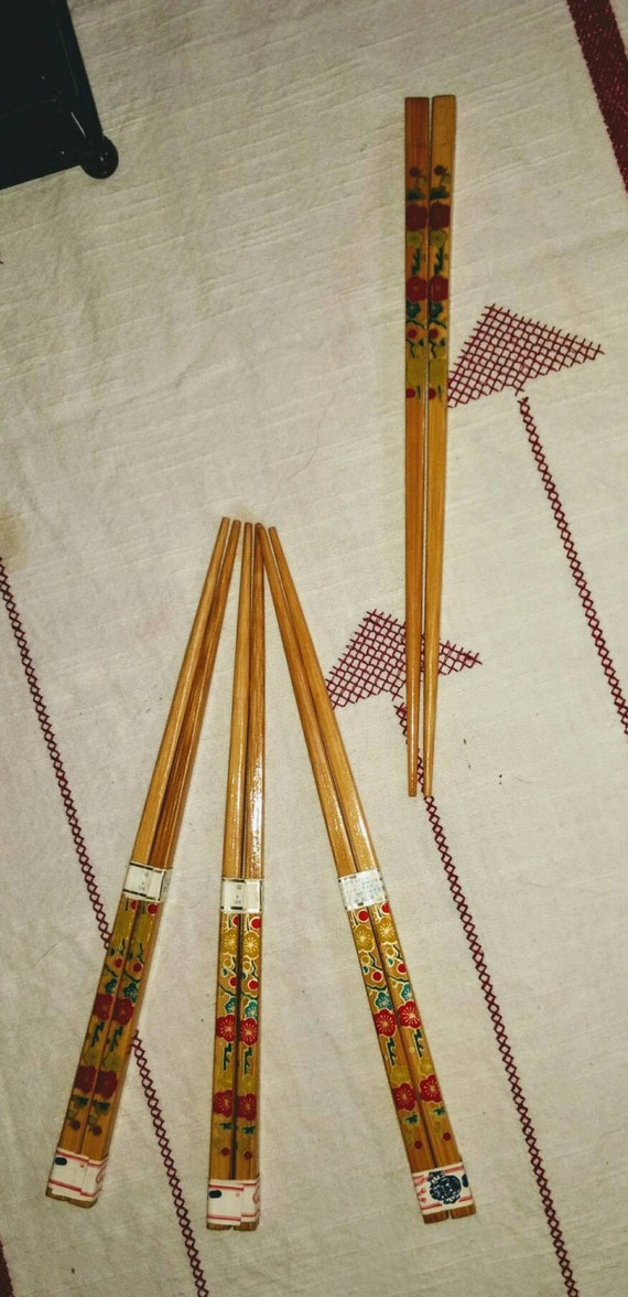 Set of 4 vintage Japanese handpainted lacquered unused chop sticks.  From Okinawa circa 1980