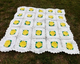 Beautiful, feminine, prairie rose hand crocheted afghan in white with yellow roses