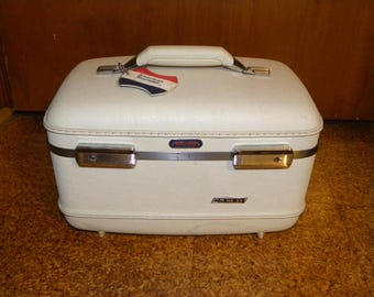 Vintage American Tourister White Train Case