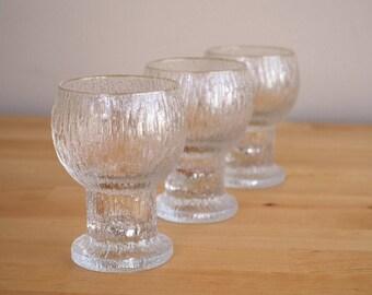 Iittala Kekkerit Set of Three Wine Glasses