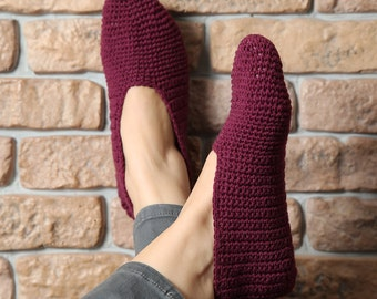 Crochet house slippers for women, warm crochet slippers, woman house slippers, christmas gift, socks foot warmers - US 8/9 EU 39/40