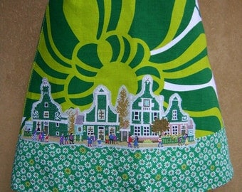 Zaanse Schans embroidery skirt, vintage cotton, A-line skirt, fully lined, flowers, wooden houses, greens white, size Small