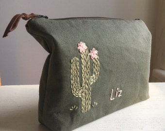Personalized Cosmetic bag, personalized Makeup bag, Mom gift, pencil pouch, medicine bag, cactus, personalized, monogrammed
