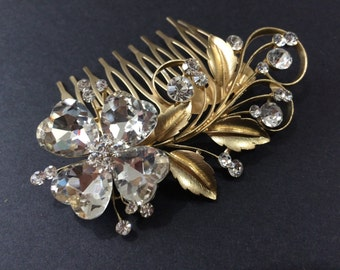 Romantic gold wedding hair comb, Bridal hair comb, Barrette clip, flower hair comb, gold vintage style hair accessory, wedding headpiece