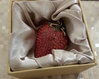 Vintage Rucinni Swarovski crystal enameled strawberry ring box