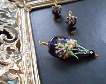 Monte Verdi Lampwork Beads - Handmade - Floral Focal - Hamaye, circa 2009