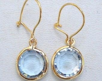 Fabulous! Solid 18 Carat Gold Blue Topaz Gemstone Earring Pair