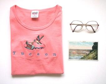 vintage embroidered tshirt, women's tshirt size small, souvenir tshirt, hummingbird, cactus, embroided tee, Tucson tshirt, Arizona souvenir