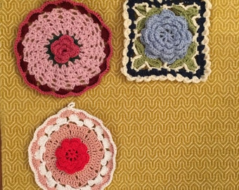 Hand made Potholders embroidery crochet doily