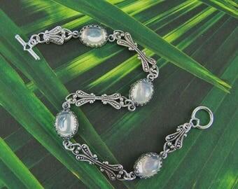 Opal bracelet, Vintage glass opal, White opal bracelet, October Birthstone, Moonstone Bracelet, Opalite Bracelet, Opal Glass Flatbacks, Opal